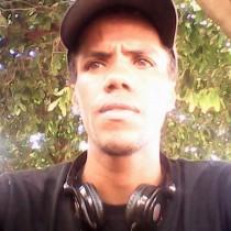 Lino morava em Mato Grosso e estava na cidade passando férias.
