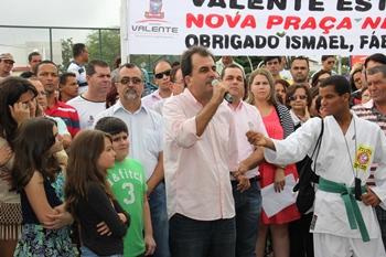 Fábio Mota se emocionou ao revelar seu amor por Valente e ter contribuído para tornar a cidade entre uma das melhores em urbanização da Bahia.