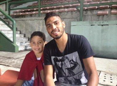 Ao lado de Lucas Wallace viu um jogo sem muita emoção, mas valeu a emoção de está ao lado do filho.
