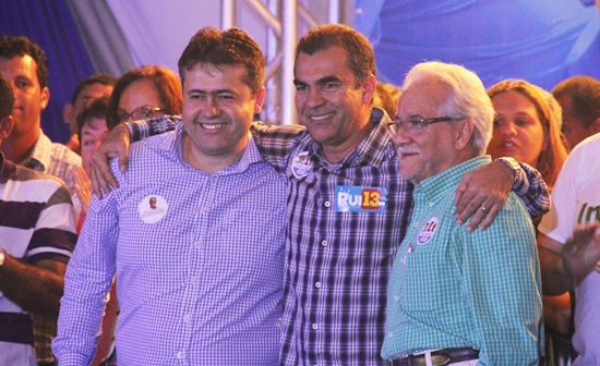 Para Assis a sigla partidária de Alex não influencia na boa relação da politica e parceria história local. Emiliano terá seu apoio pela quarta eleição consecutiva