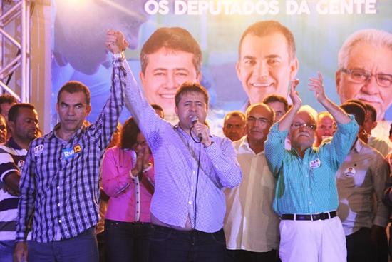 assis apresenta seus candidatos a deputados-foto4- Raimundo Mascarenhas