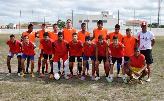 escolinha de futebol de Valente-1