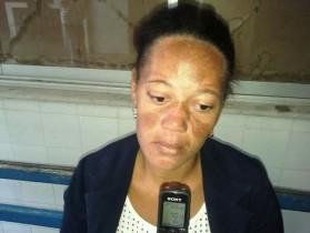 Mãe do bebê disse que por pouco não foi esfaqueada pelo companheiro embriagado.