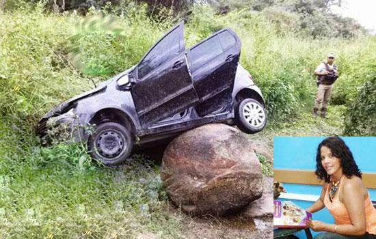 Vítima estava sozinha no carro - foto: Campo Formoso Noticias.
