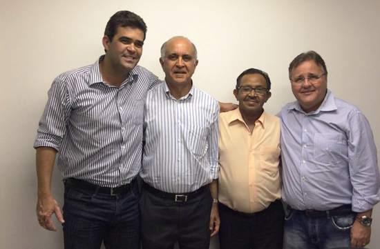 Prefeito Tarcísio, Paulo Souto, Pininho (vice-prefeito) e Geddel