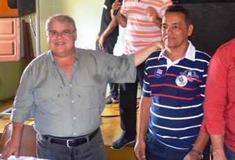 Lúcio ao lado do ex-prefeito Geraldo Guimarães.