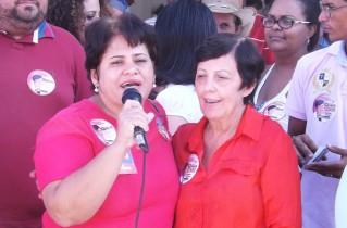 Elisângela Araújo da Diretoria da CUT Nacional foi apoiar Cecilia e apresentar sua candidatura.