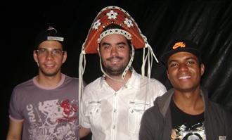 A Banda liderada pelo bancário Bruno Silva (centro) é a única de Coité com o repertório