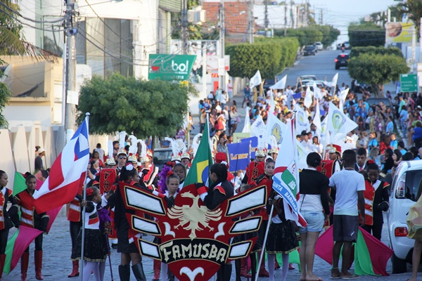 Desfile Cívico de 7 de Setembro em Coité - Foto - Raimundo Mascarenhas (24)