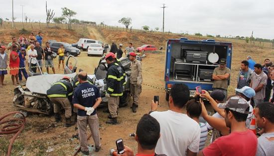 acidente próximo Gavião -8