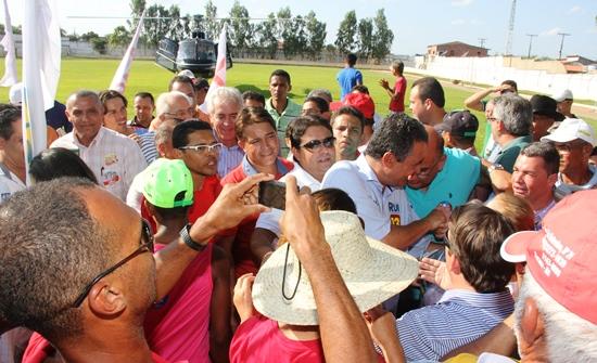 carreata de Rui -Tucano -helicoptero - foto - Raimundo Mascarenhas