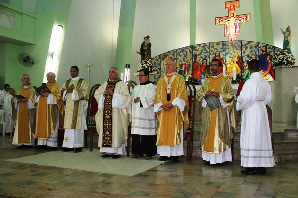 Celebração dos 30 anos de bispado de Dom Itamar Vian - foto- Raimundo Mascarenhas (2)