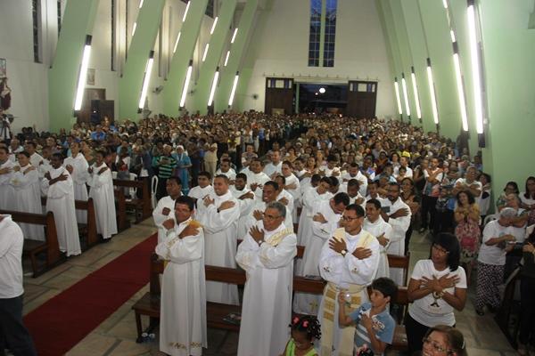 Celebração dos 30 anos de bispado de Dom Itamar Vian - foto- Raimundo Mascarenhas (61)