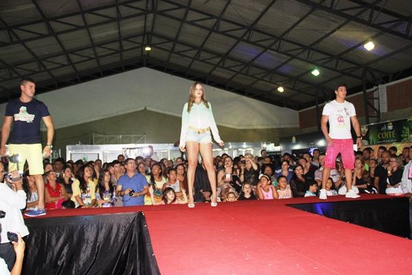 Desfile de Moda - 1ª Feira de Negócios - Foto- Raimundo Mascarenhas (34)