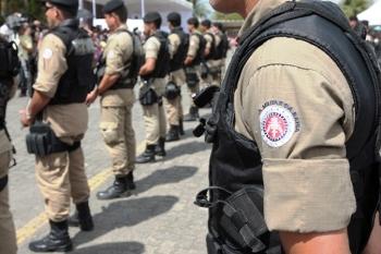 Retirada de arma e droga de circulação e menos assassinatos resulta é bonus para os militares da Bahia.