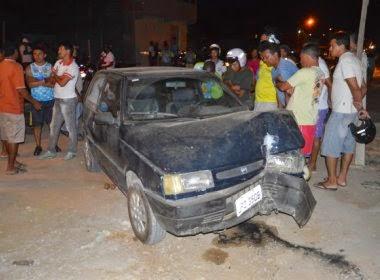 Havia duas crianças no veículo no momento do crime que foram feridas, mas sem gravidade.