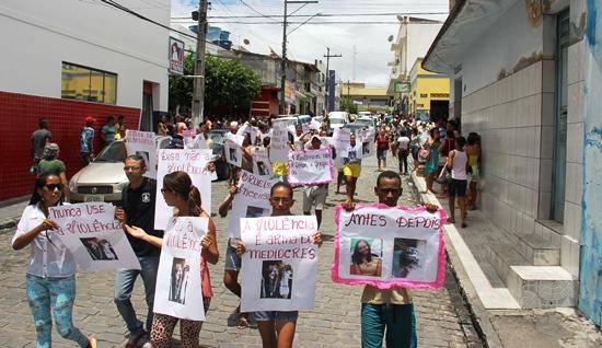 manifestação em valente.2