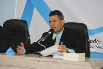 Vereador petista saiu na defesa do 'companheiro' Assis