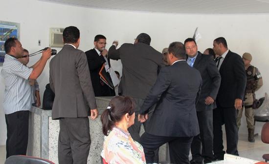 eleição polêmica da câmara de Cansanção - 3 - foto- Raimundo Mascarenhas