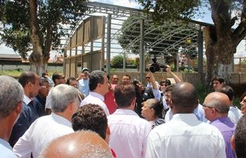 Disposto a investir forte na Educação, Costa disse que vai visitar escolas em toda cidade que for cumprir agenda.