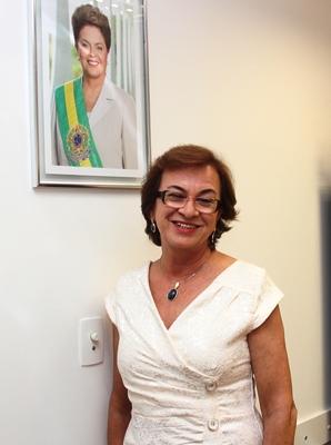 A deputada que é aliada do governador Rui Costa e a presidente Dilma espera continuar conquistando benefícios para os municípios que representa.
