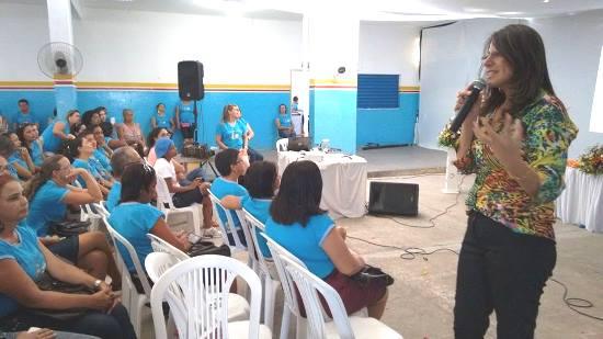 Edigleide Rabelo congressista, escritora e educadora.