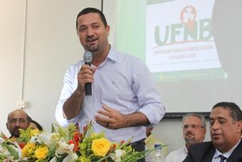 Osni Cardoso prefeito de Serrinha e presidente do CONSISAL