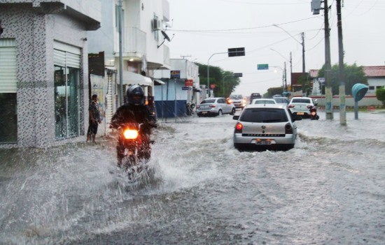 cansanção chuva domingo 22 - des