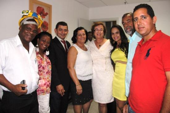 Comitiva de Baixa Grande liderada pelo prefeito Pedro.