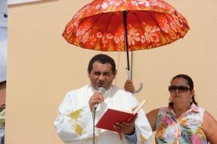 Frei Ezequiel está em Queimadas a menos de dois meses, mas conhece sua tradição.