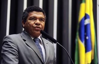 """Deputado Valmir Assunção """"comprou a briga"""" e levou o caso aos órgãos de segurança competentes."""