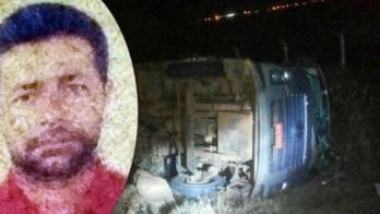 Vítima foi encontrada caída no meio da pista e o caminhão tombado