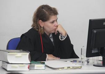 Argumento da promotora convenceu a maioria e a condenação que ela queria aconteceu.