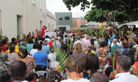 padre charles - celebração da missa de ramos - foto2- raimundo mascarenhas
