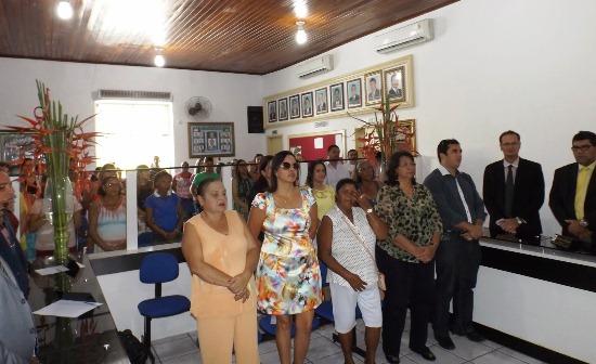 sessão especial em homenagem as mulheres em riachão 1