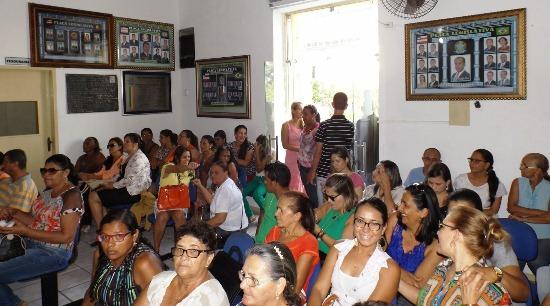sessão especial em homenagem as mulheres em riachão 2