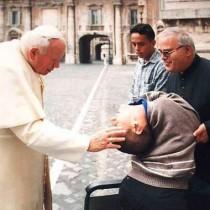 Audacioso, Cláudio já foi até o Vaticano onde recebeu a benção do Papa João Paulo II