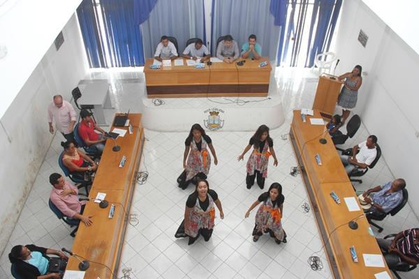 Grupo da Igreja Batista fez apresentação que agradou a todos que estiveram na reunião.