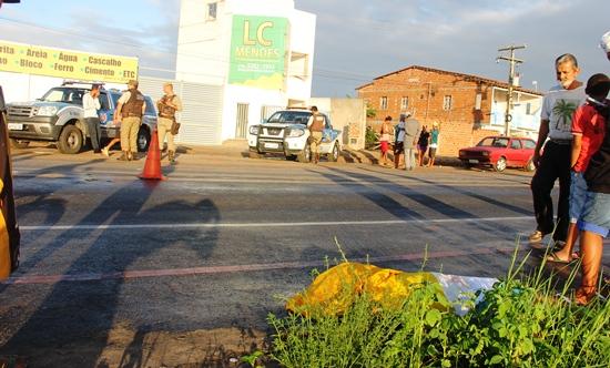 Homem morre atropelado por moto próximo as Casas Populares.des
