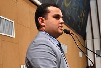 Alex Lima é do bloco de oposição e cumpre seu primeiro mandato.