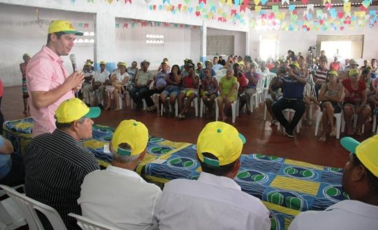 claudio visita Retirolândia na posse da nova diretoria - 2- foto- raimundo mascarenhas