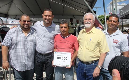 Diretoria do Consisal  liderada pelo prefeito de Serrinha Osni cardoso comemora a 50ª