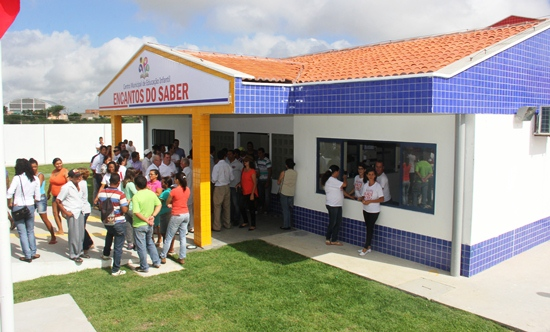 inauguração de escola em valente - foto- raimundo mascarenhas