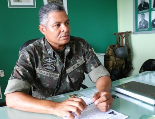 O Major Sandro Ribeiro tinha sido transferido do 40º BI da cidade de Crateús, no estado do Ceará, em janeiro deste ano, para Feira de Santana.