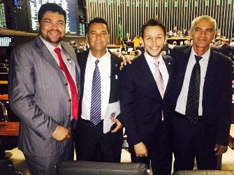 Da esquerda para a direita: Marcio Oliveira, vereador Jorge Martins, Mario Negromonte Jr e Adão