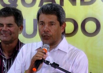Jerônimo dirige a SDR - Secretaria de Desenvolvimento Rural.