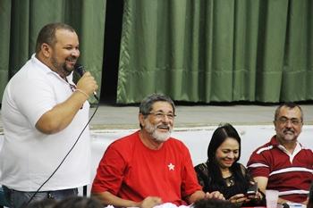 Presidente do partido José Silva, Gabrielli, Moema e Ismael no destaque.