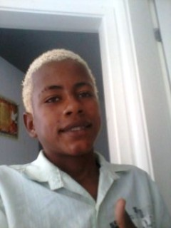 João Vitor tem 14 anos e está desaparecido