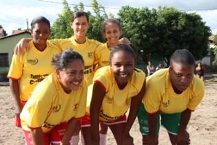 Futebol feminino também fez parte da programação.