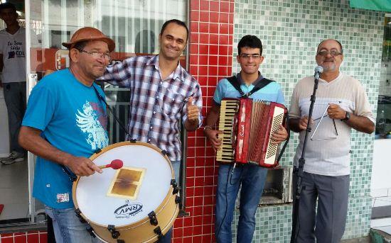 O ato de inauguração foi em ritmo junino ao som de Canto de Parede.